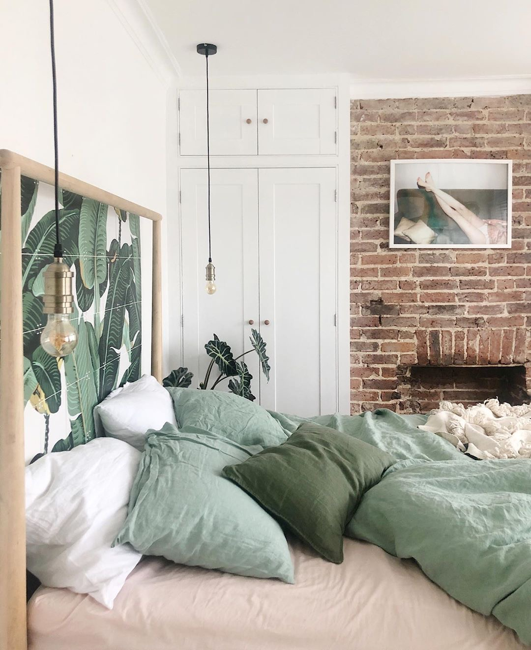 Sleep well in bedlinen from Piglet, shown in @thisismyhomestyle.