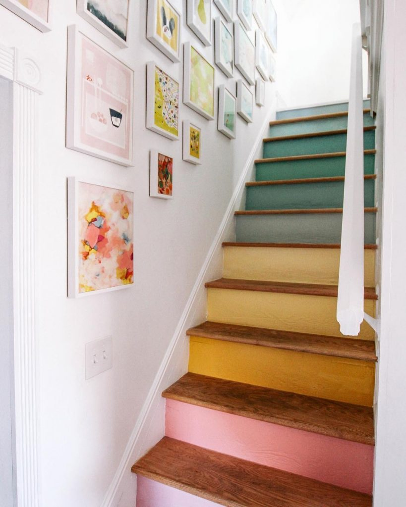 Image of staircase by @athomewithashley