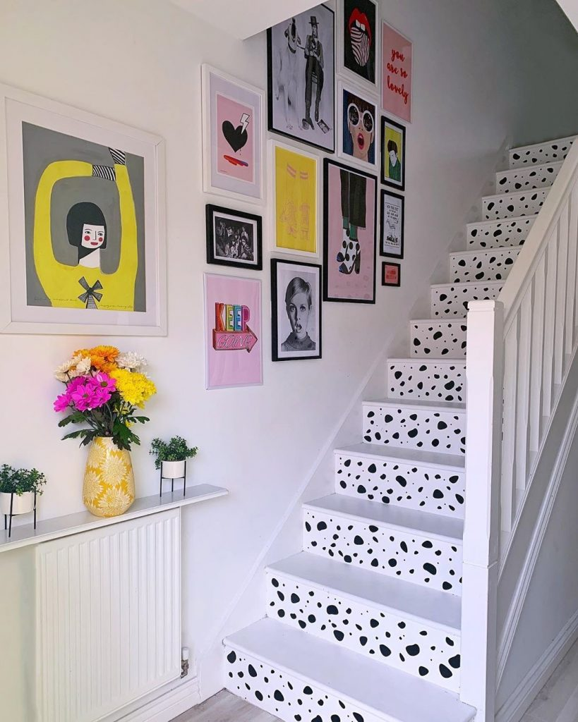 Image of a staircase by @kate_rose_morgan