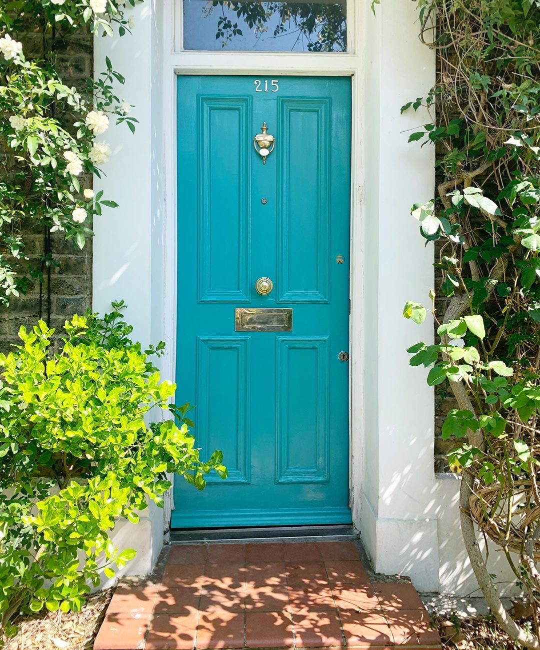 Image of a front door by @tipperleyhill
