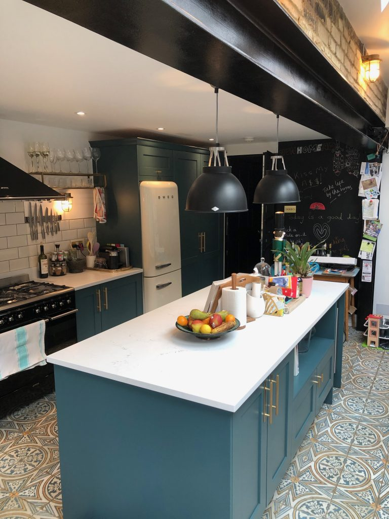 Image showing the kitchen of @girlwithbellsandwhistles