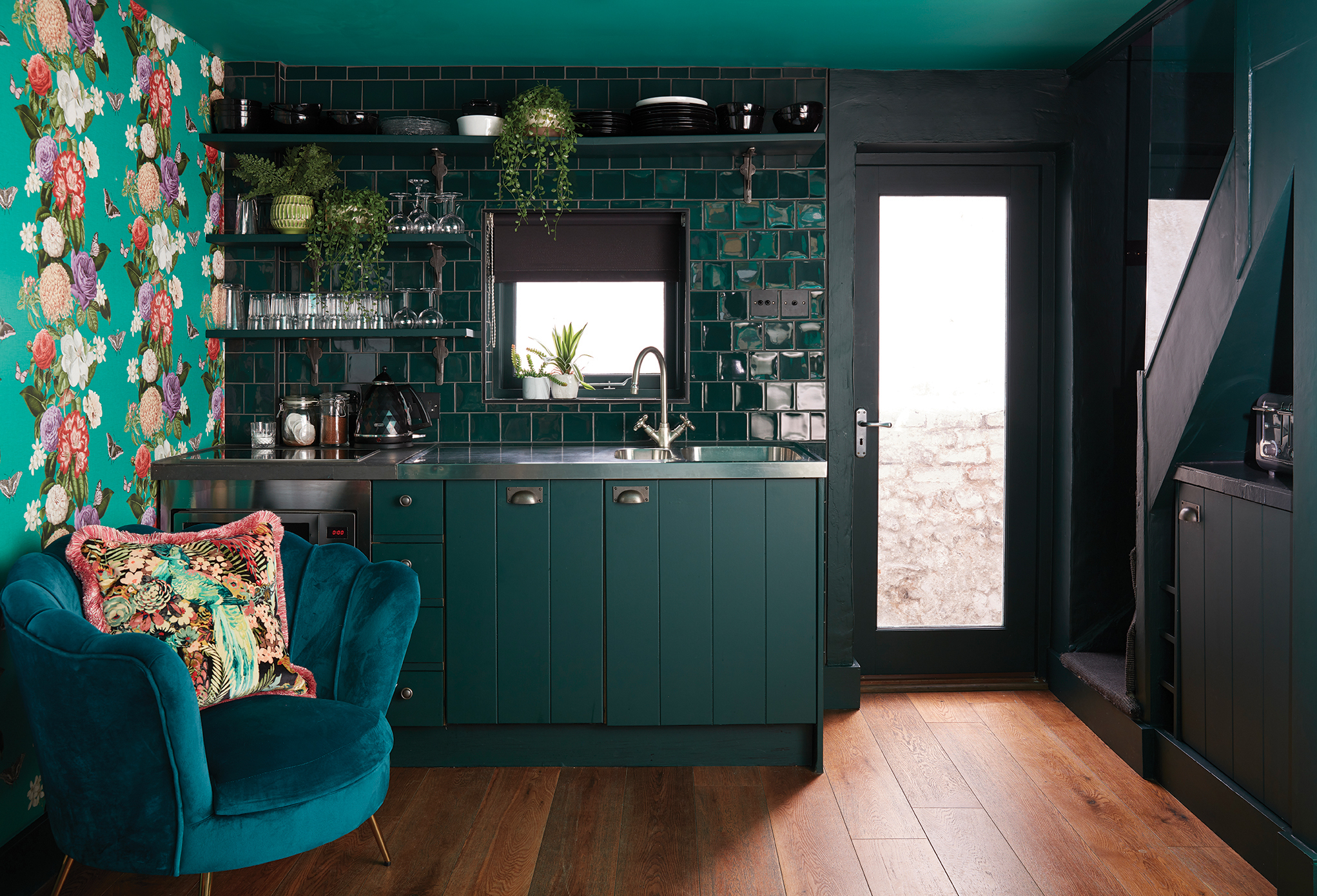 Image of a green tile splashback from Ca' Pietra