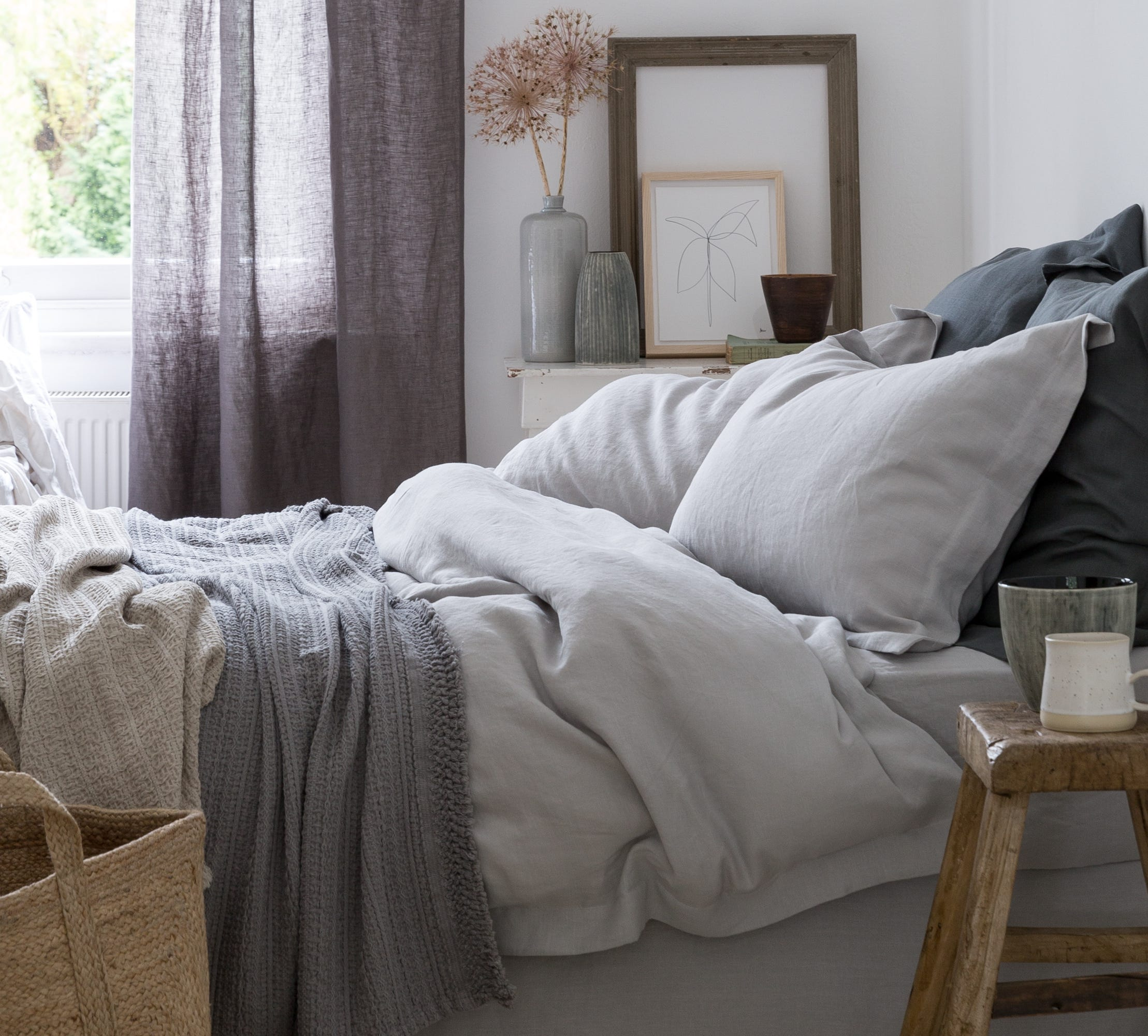 Image of a bedroom with bed linen from Soak&Sleep