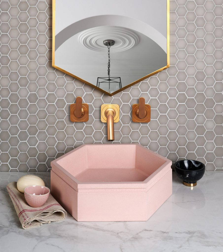 Image of Brasserie Glass Pink tile from Ca' Pietra