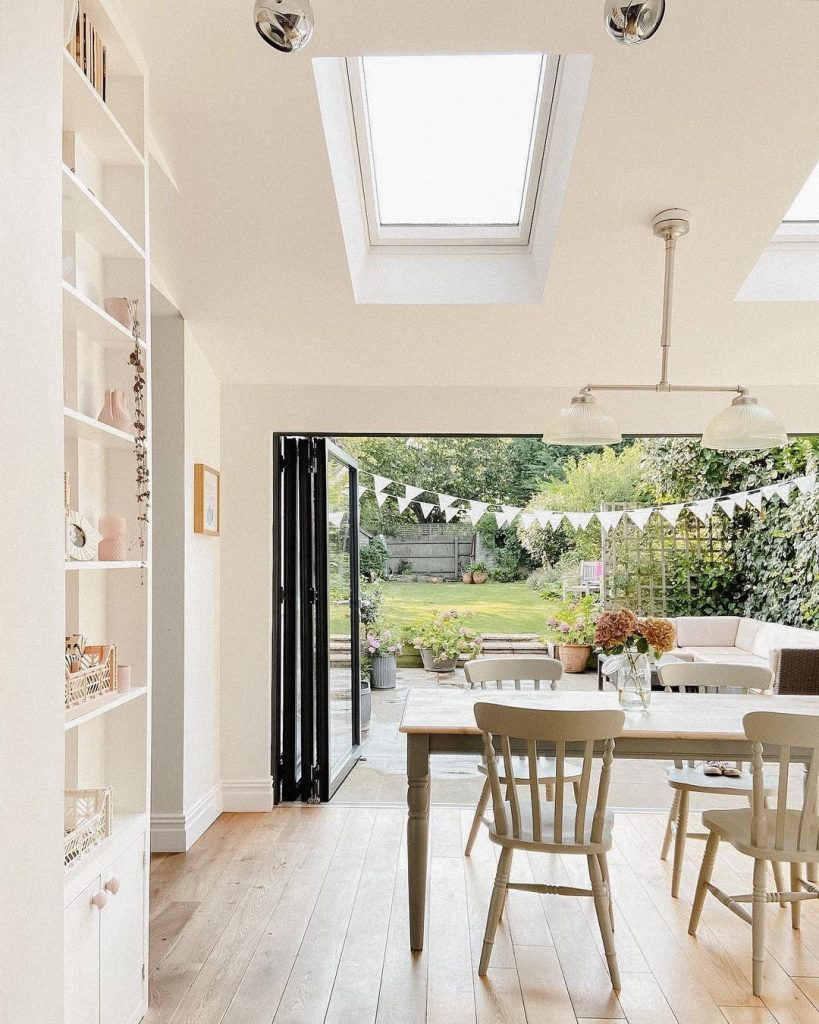 Image of bi-folds in the home of @home_with_rose
