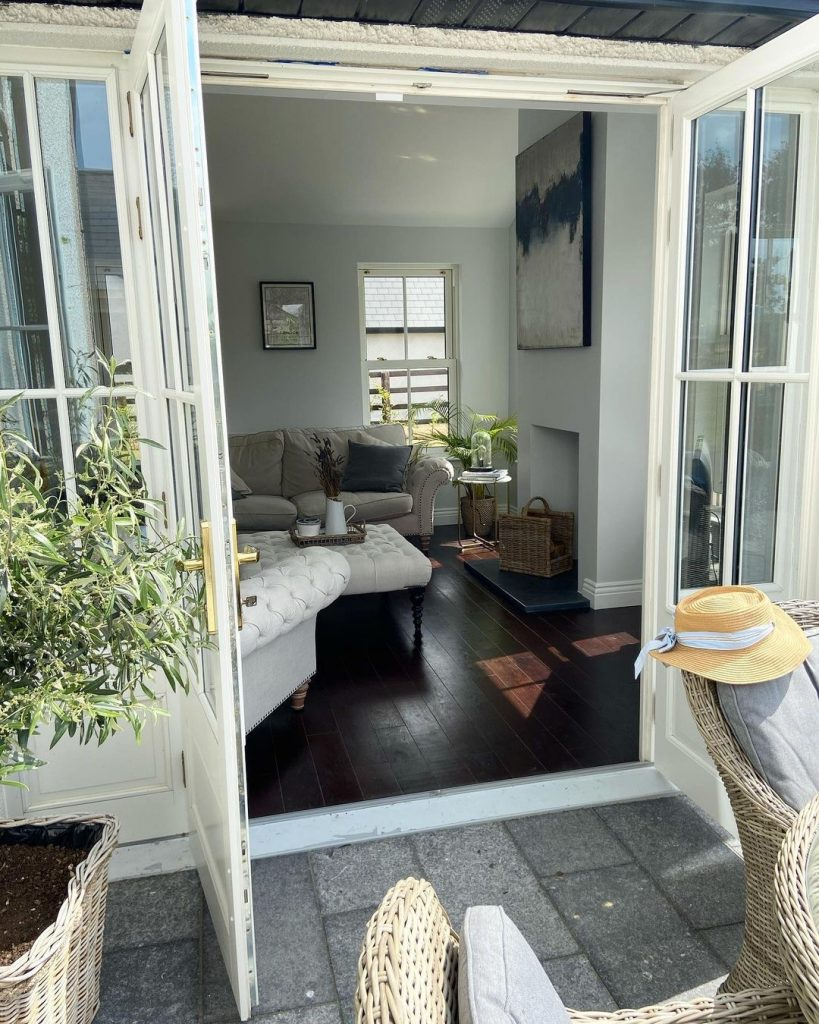 Image of timber patio doors in the home of @cheringtonhouse