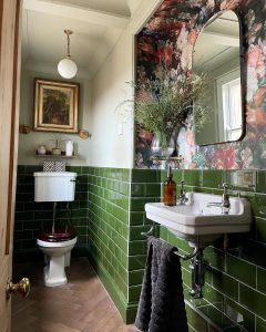 Image of the cloakroom of @theoldredhouse